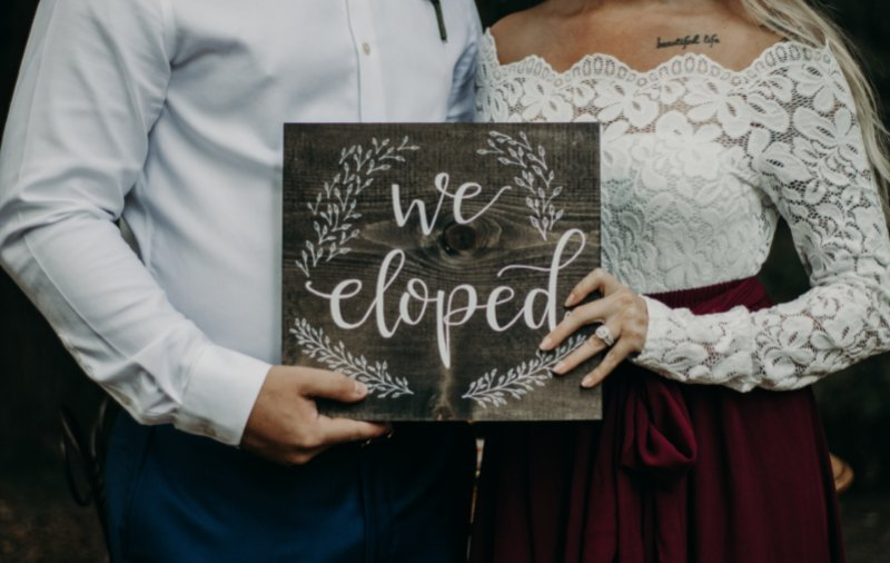 Bride and Groom eloping in Ohio