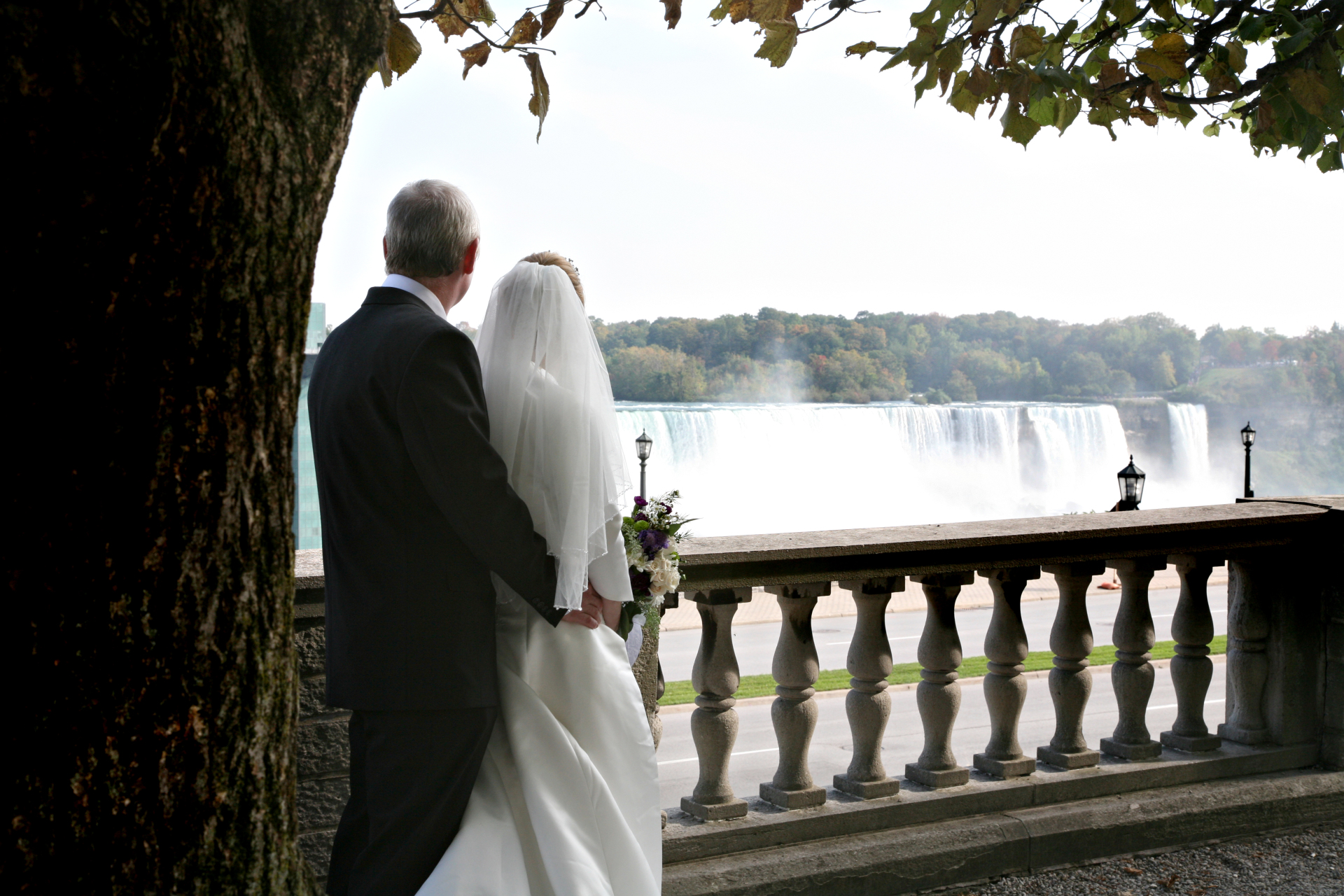 Bride & Groom at Niagara Falls, Canada